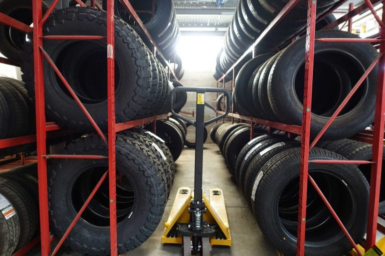 pneus-entrepot-4